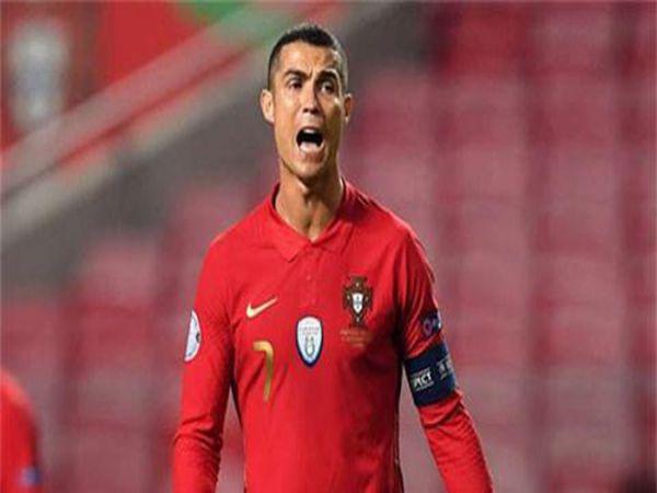 Tin thể thao chiều 18/11: Ronaldo được khen là con quái vật bẩm sinh