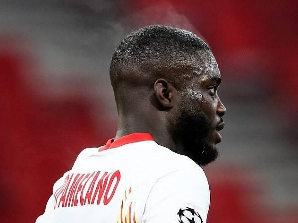 Bóng đá hôm nay 17/2: Upamecano trở thành trò cười cho fan MU, Liverpool